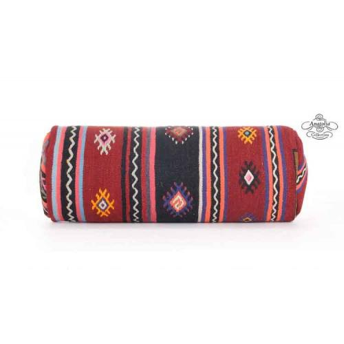 Boho Chic Throw Pillow Embroidered Turkish Round Kilim Cushion Cover
